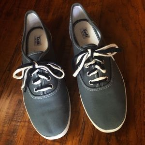 Keds: Adorable double laced sneakers